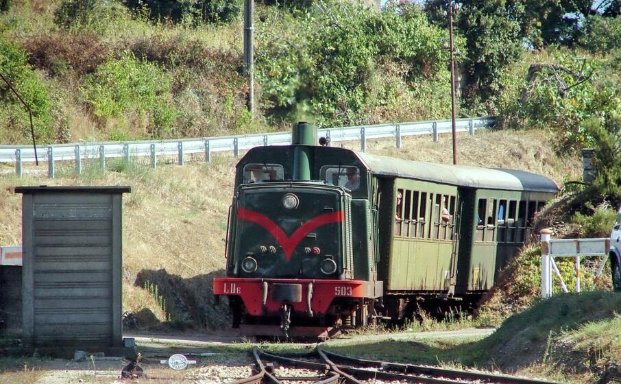 il trenino in gallura (foto archivio l unione sarda)
