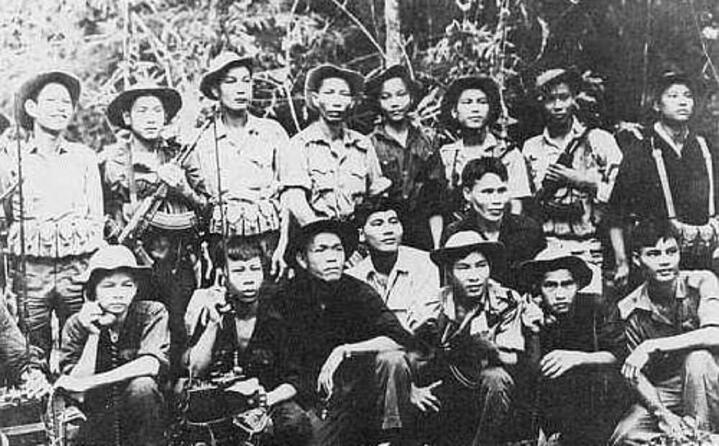 combattenti vietcong