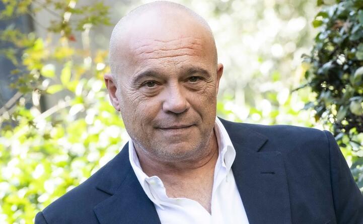 l attore romano compie 58 anni