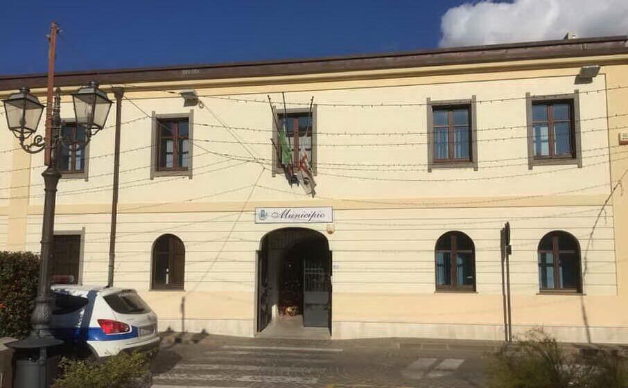 il municipio (foto murgana)