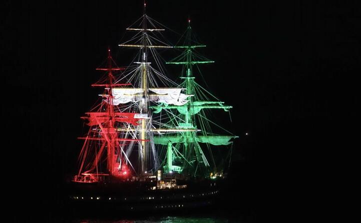 la nave vista dalla strada panoramica per maladroxia (foto l unione sarda murru)