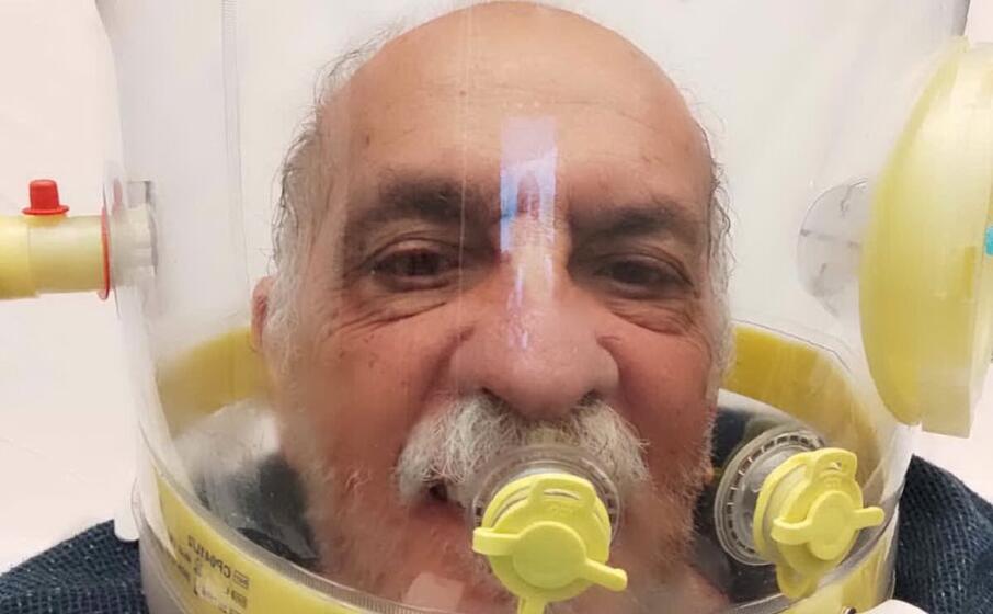 lelle rubino con il casco in ospedale (foto concessa)