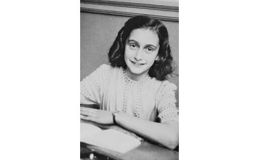 Un altro scatto di Anne Frank