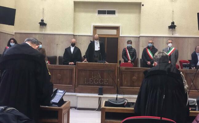 la corte d assisse (l unione sarda manunza)