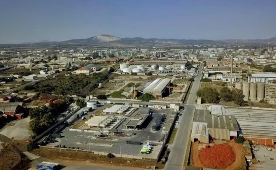l area industriale di porto torres (foto concessa)