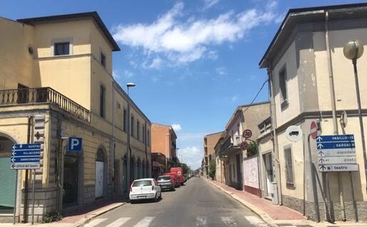 Viale Trieste, una delle strade principali di San Gavino (foto Pittau)