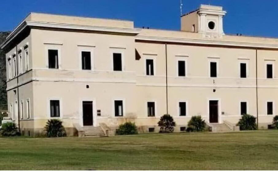 palazzo reale asinara (foto l unione sarda pala)