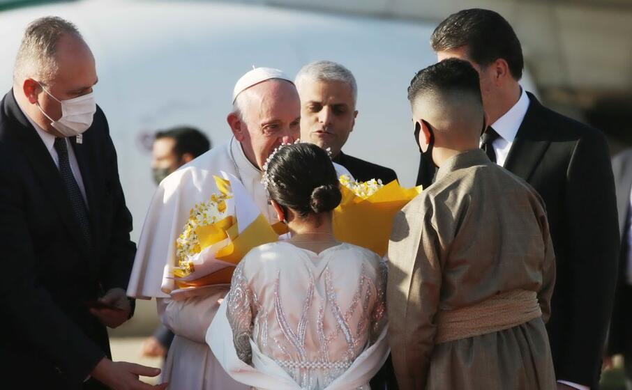 papa francesco in iraq (ansa haji)