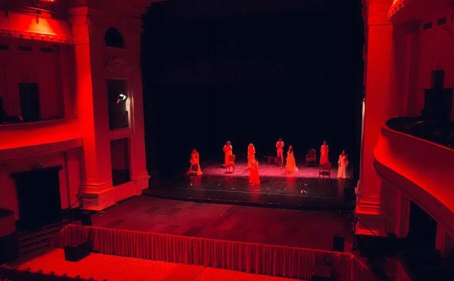 la rappresentazione al teatro verdi (l unione sarda tellini)