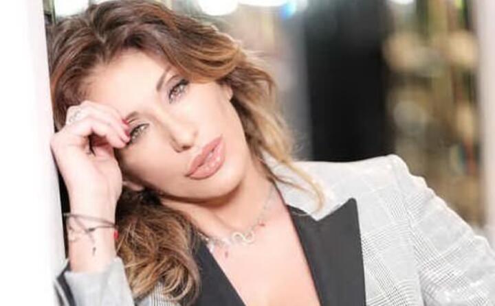la cantante icona degli anni 80 nata a genova il 15 marzo 1968
