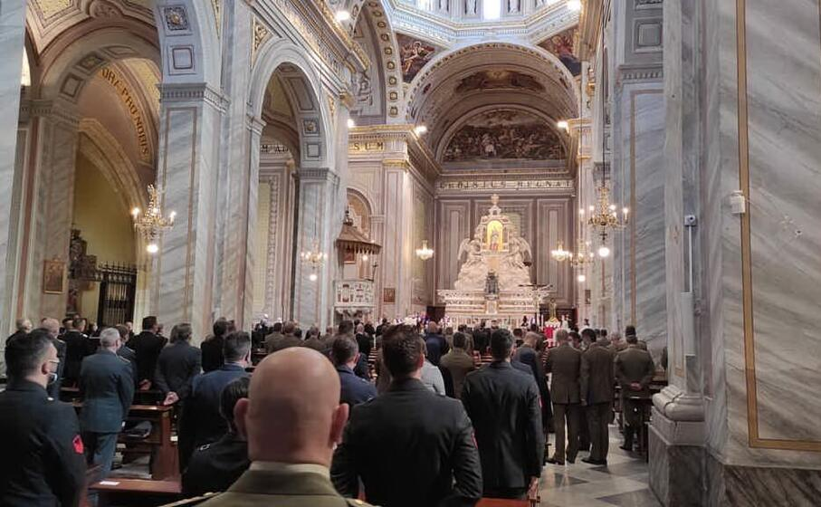 la cerimonia religiosa