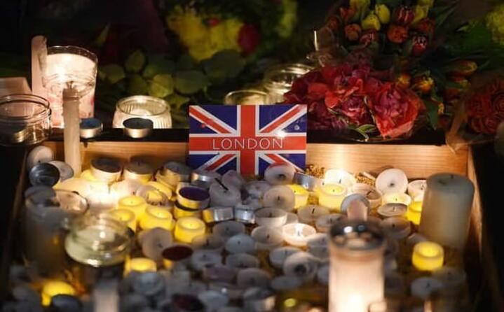 londra ricorda le vittime dell attacco