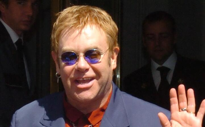 il cantante britannico compie 74 anni