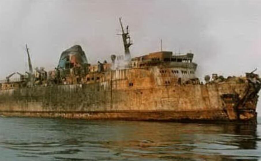 il traghetto moby prince (archivio l unione sarda)