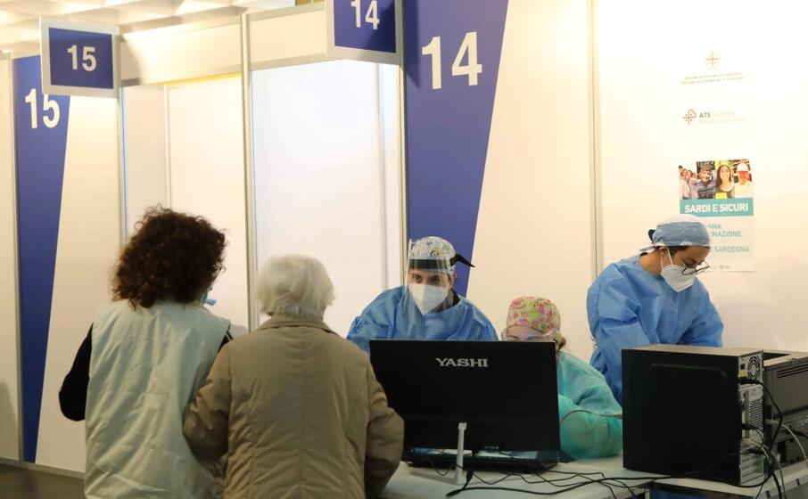 Three new vaccination hubs open in Sardinia - L'Unione ...