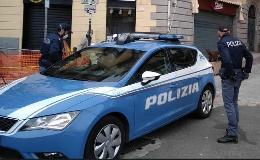 polizia a cagliari (archivio l unione sarda)