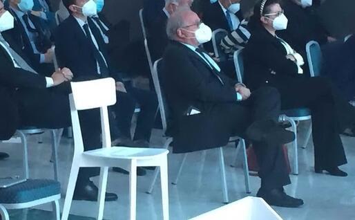 La sedia bianca vuota (Foto G.Meloni)